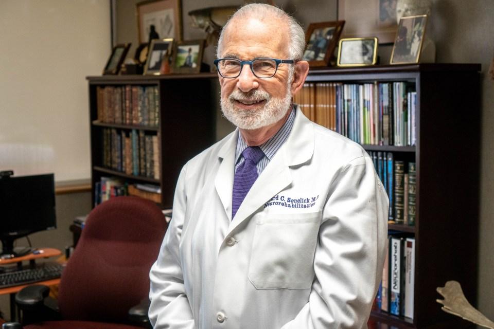 Dr. Richard Senelick