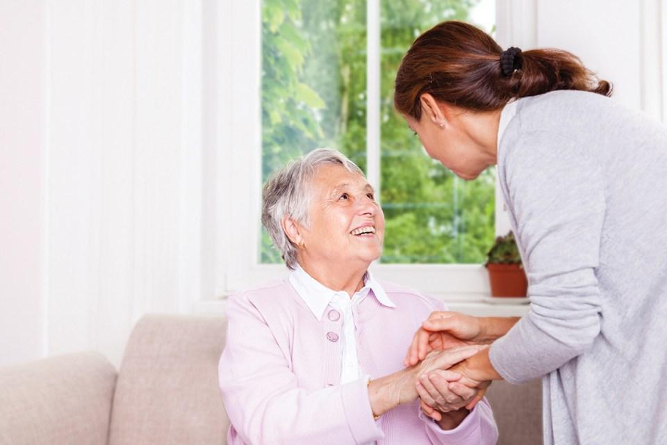 a nurse helps a patient manage type 2 diabetes